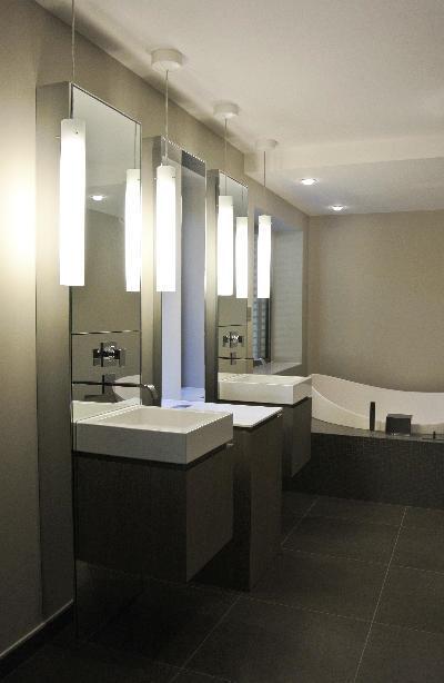 Salle de bain contemporaine noir et taupe c13 photo n 95 Salle de bain taupe et noir