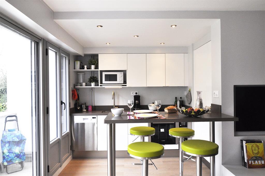 Coin repas dans la cuisine les murs ont des oreilles - Coin repas cuisine ...