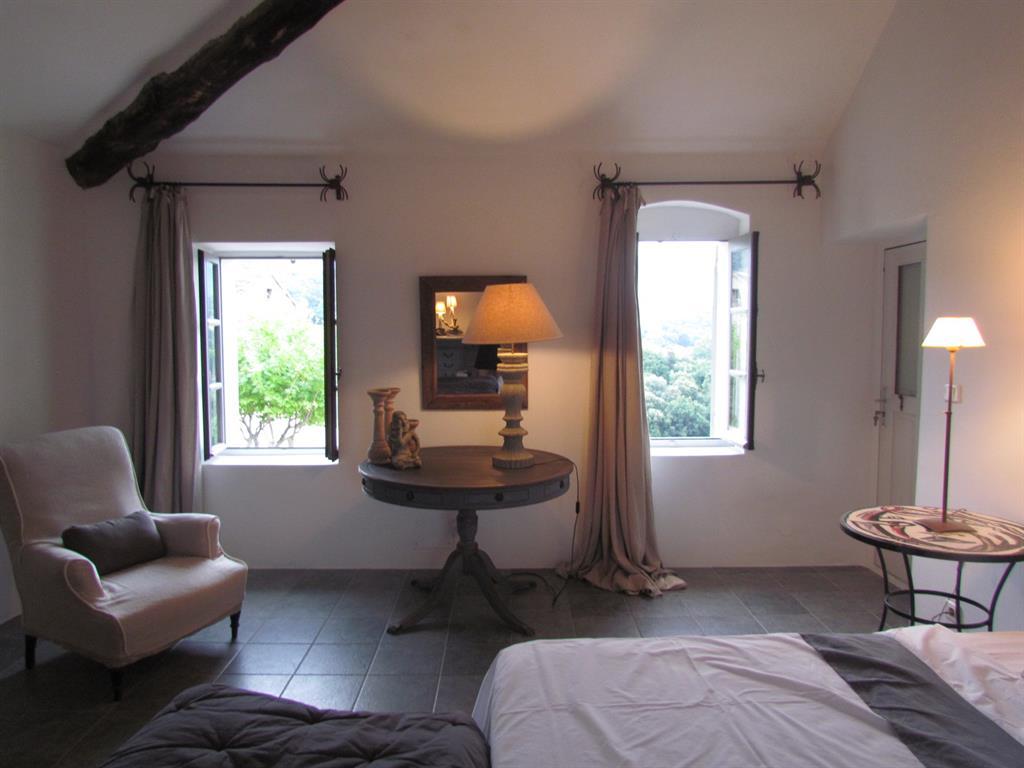 #906B3B Les Incontournables Et Les Astuces Déco Pour Se Faire Une  1567 chambre petite mais belle 1024x768 px @ aertt.com