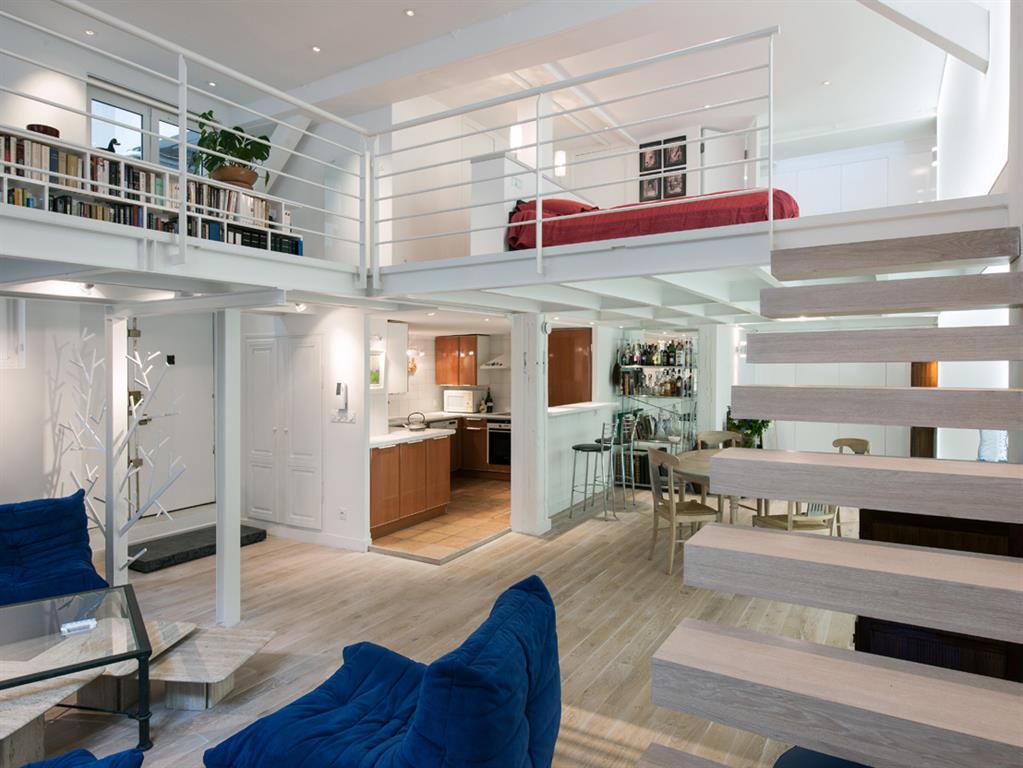 Avant apr s r novation d un loft parisien de 110m2 par agn s vermod dom - Idee deco piece a vivre ...