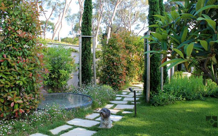 Jardin v g tal avec chemin en pierre riviera gardens - Chemin de jardin en pierre ...