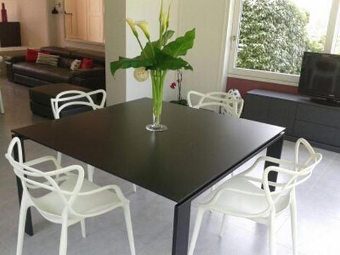 Table salle manger carree moderne - Table carree 120x120 ...