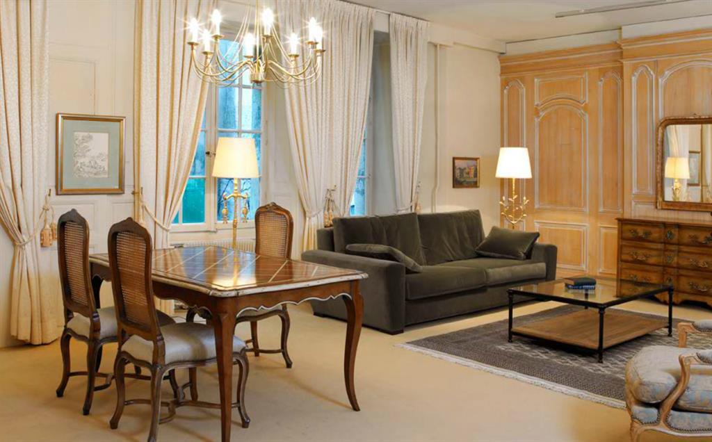 Decoration  Decoration Salle A Manger Classique Decoration Salle A