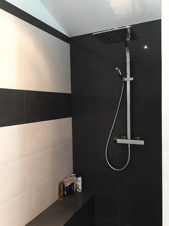 Douche noir et blanche compagnie des createurs photo n 62 - Salle de bain noir et blanche ...
