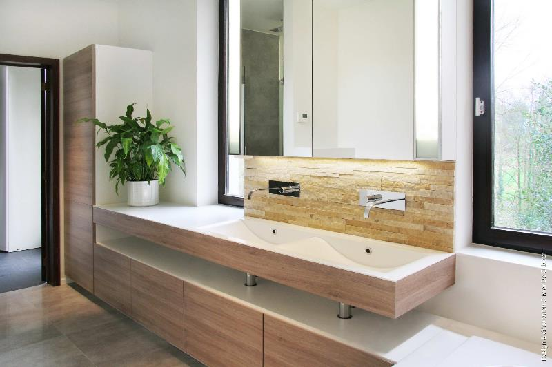 Grande Salle De Bain Moderne Et Design Atlantic Bain Pictures to pin ...