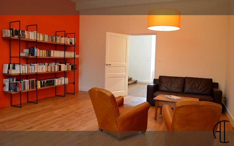 Ambiance cosy pour le salon biblioth que l 39 tage entre deux chambres d - Salon ambiance cosy ...