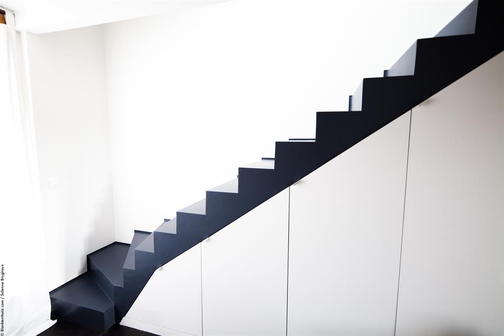 Escalier bois gris anthracite solenne brugiroux photo n 58 - Escalier peint gris ...