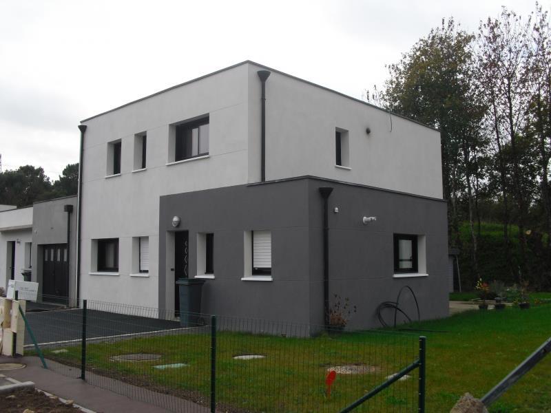 villa cubique un jeu demboitement - Maison Moderne Blanche