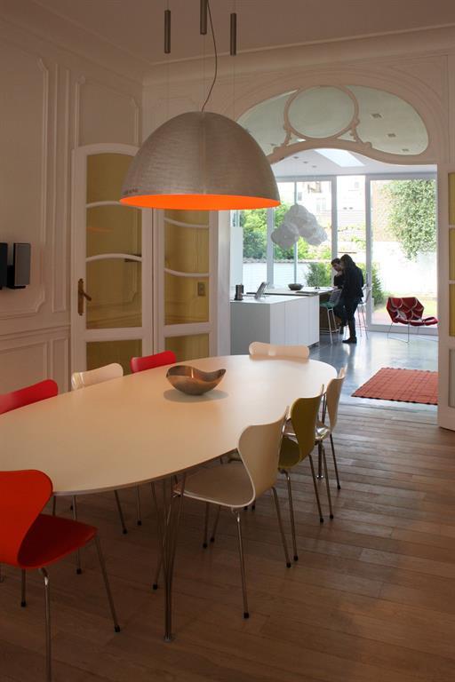 Maison bruxelles for Salle a manger moderne belgique
