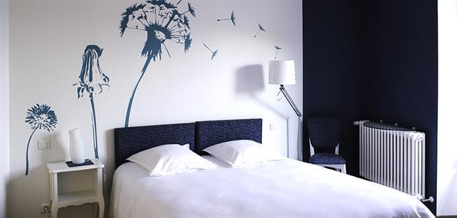 chambre adulte bleu marine photos de design d 39 int rieur. Black Bedroom Furniture Sets. Home Design Ideas