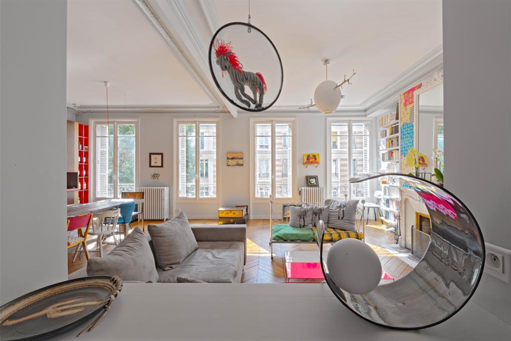 Salon moderne etclassique ~ Solutions pour la décoration intérieure ...
