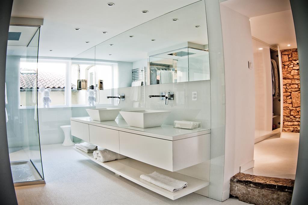 salle de bain contemporaine blanche ~ solutions pour la décoration ... - Salle De Bains Contemporaine