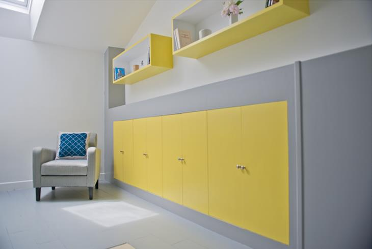 chambre bleu gris jaune avec des id es int ressantes pour la conception de la chambre. Black Bedroom Furniture Sets. Home Design Ideas