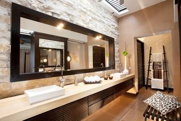 grande salle de bain avec double vasque adrianas design - Grande Salle De Bain Contemporaine