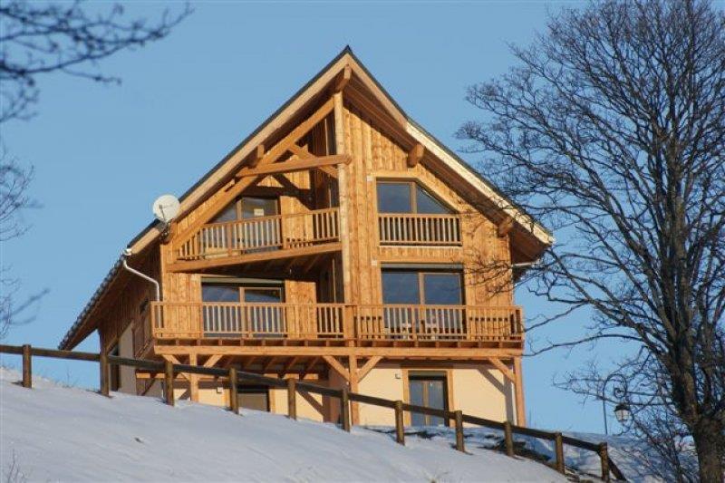 maison de style montagne en ossature bois pollier construction. Black Bedroom Furniture Sets. Home Design Ideas