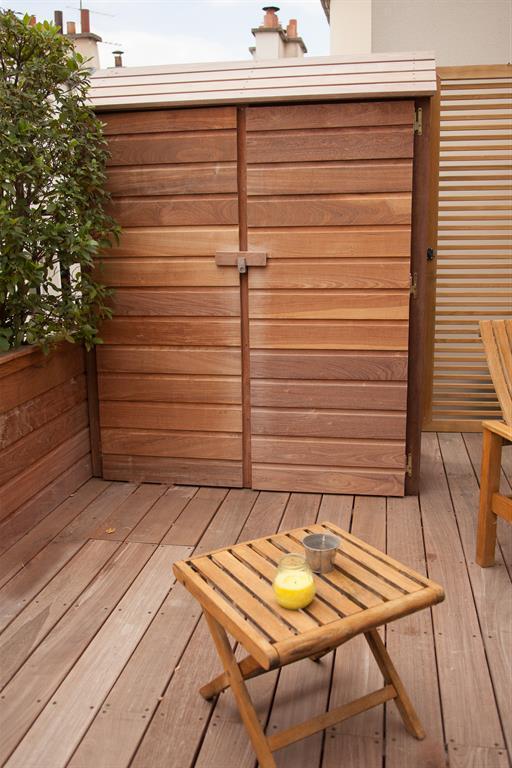 Terrasse en bois avec rangement pour outils l 39 esprit au vert - Meuble a chaussure pour exterieur ...