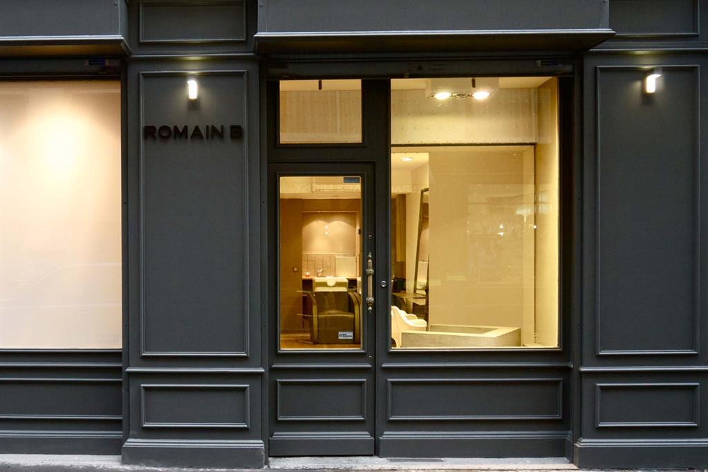 Stunning image dun salon de coiffure photos amazing for Coiffeuse moderne