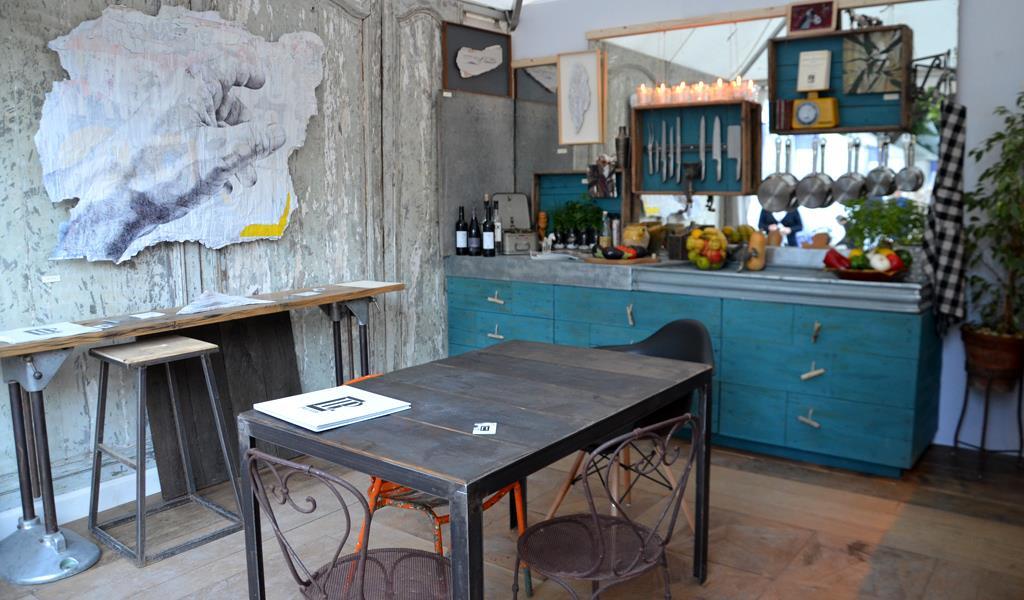 Table de cuisine design industriel belle cuisine nous a - Table cuisine style industriel ...