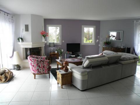 D co 22 cuisine beige quelle couleur pour les murs for Deco salon gris et mauve