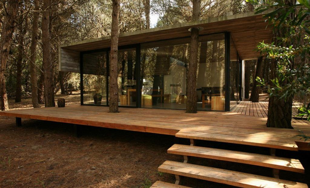 Maison et bois au milieu de la for t maison bois d 39 architecte - Maison d architecte en bois ...