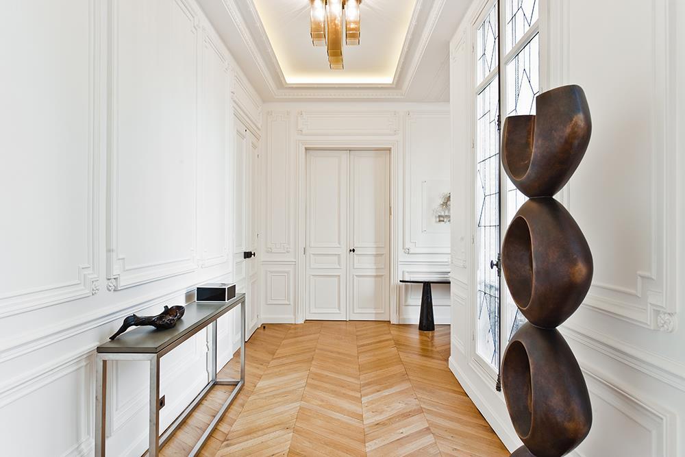Visite priv e d 39 un appartement haussmannien de 250 m2 - Entree appartement design ...