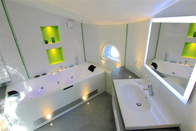Beautiful Salle De Bain Moderne Blanche Gallery - Amazing House ...