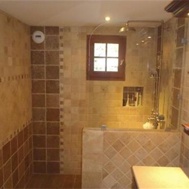 Salle de bain par l belmehdi for Salle bain marocaine