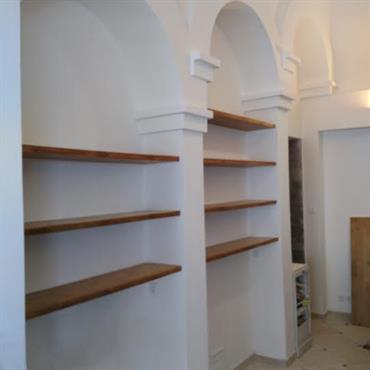 Réalisation d'une bibliothèque dans une maison dans le huitième arrondissement de Marseille