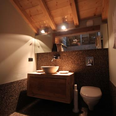 D co wc chalet for Amenagement salle de bain avec toilette