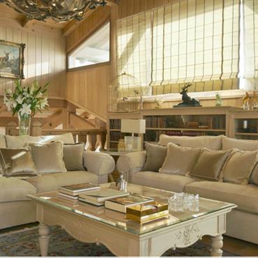 salon la dcoration classique ivoire et dor - Decoration Salon Classique
