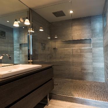 Pin 232793 salle de bain design et contemporaine salle de - Suspension salle de bain design ...