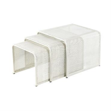 3 tables basses gigognes en métal blanches L 40 cm à L 50