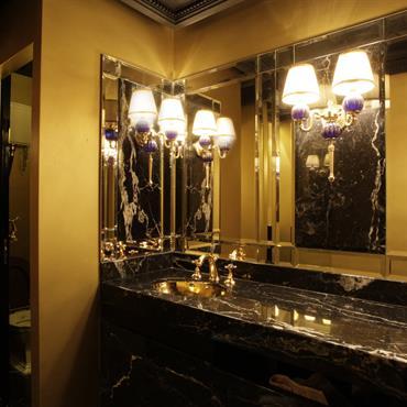 Toilettes Night club