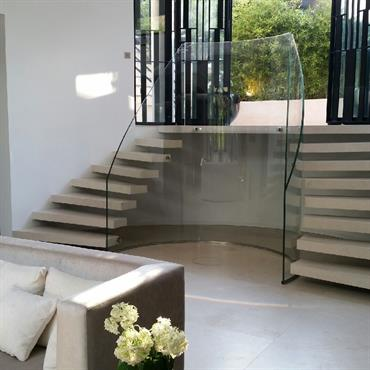 Escalier d'entrée deux cotés,
