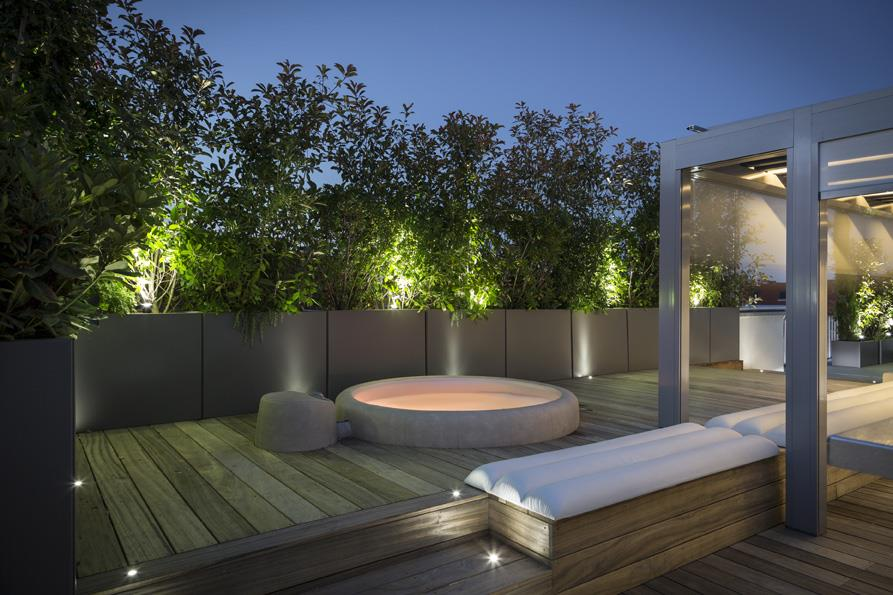 Souvent Terrasse de luxe avec jacuzzi FENCE Paris photo n°74 OM52