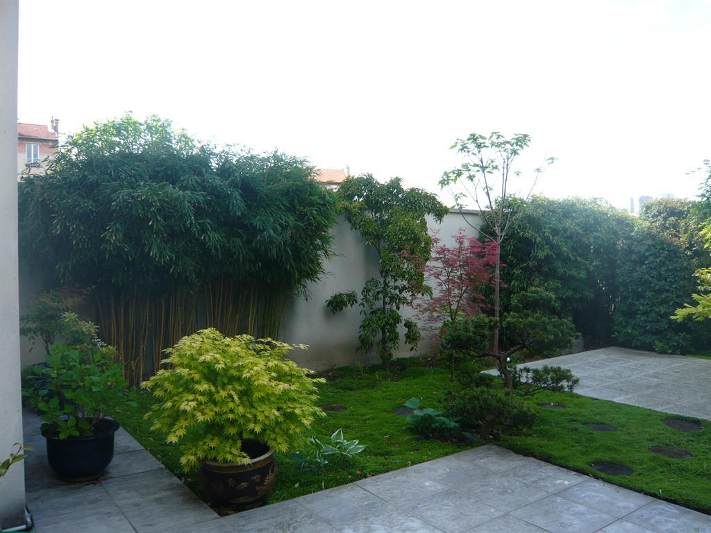 les plantes varies plantes en haie diminuent limpact du mur