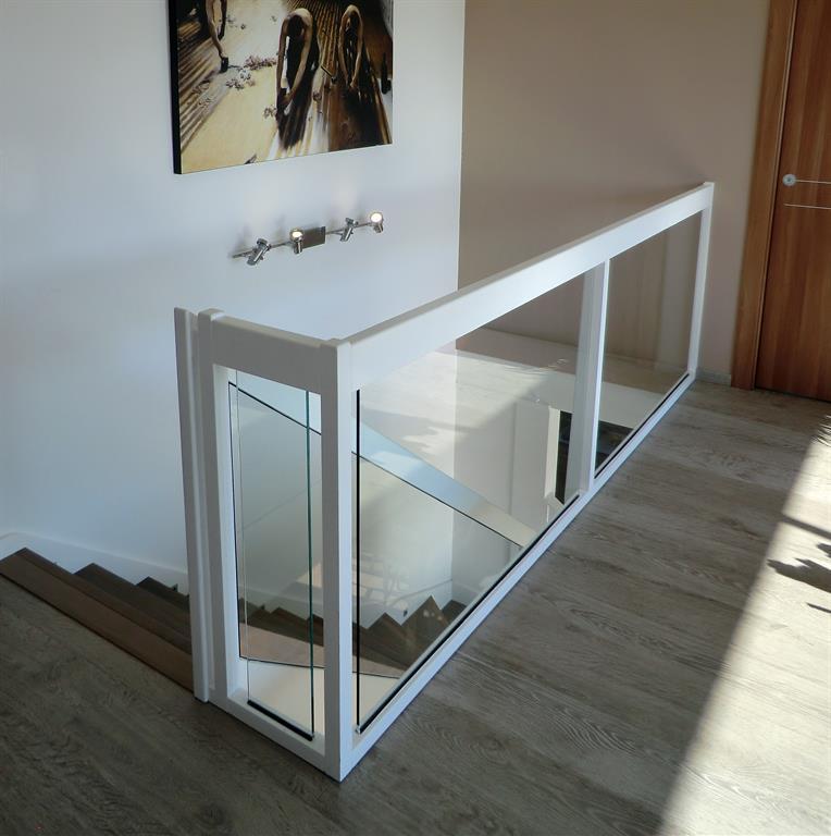 garde corps bois et verre ascenso photo n 37 domozoom. Black Bedroom Furniture Sets. Home Design Ideas