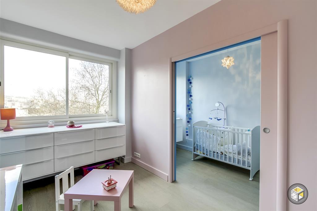 Deux Chambres D Enfant Correspondantes Grace A Des Portes