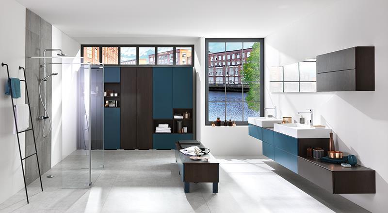 Loft moody blue