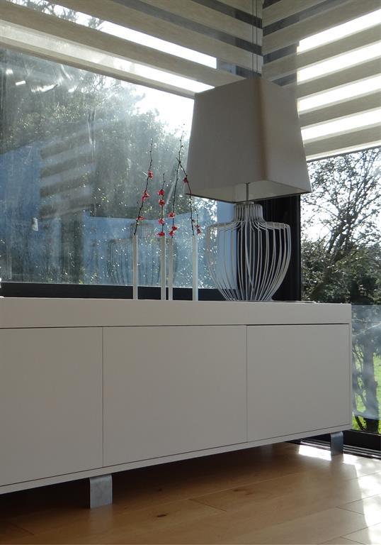buffet blanc un amour de maison photo n 35 domozoom. Black Bedroom Furniture Sets. Home Design Ideas