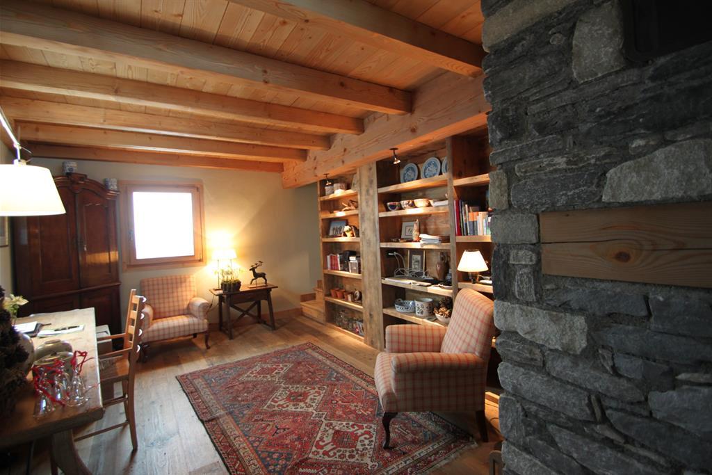 Grande pi ce bureau avec fauteuil et biblioth que sur mesure - Bibliotheque pour bureau ...