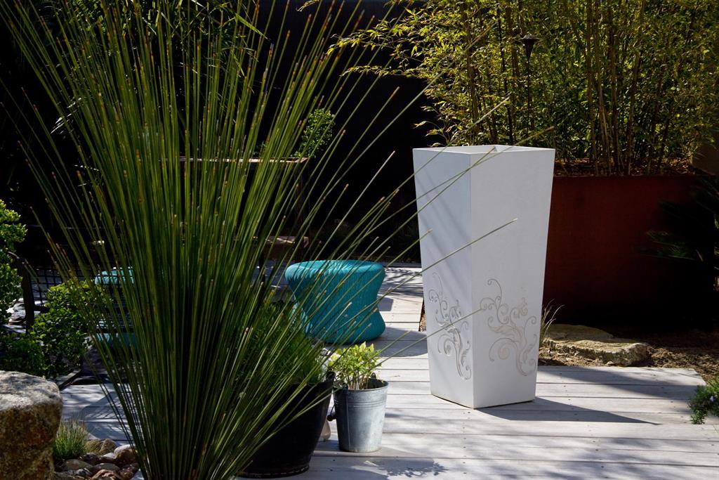 Bac plantes au motif floral en ductal atelier so green for Jardin floral design