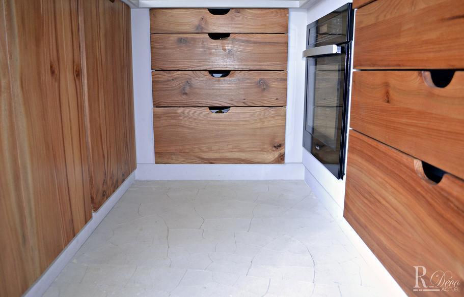Meubles bas de cuisine en bois avec tiroirs sylvie briand - Meuble bas avec tiroir ...