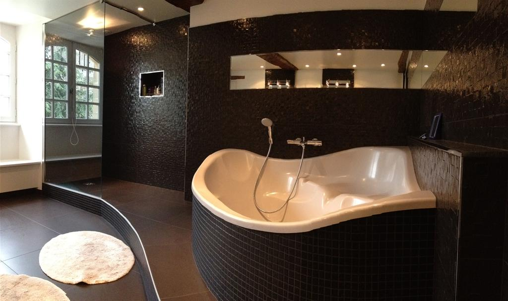 bien connu salle de bain douche italienne et baignoire ip58 montrealeast. Black Bedroom Furniture Sets. Home Design Ideas