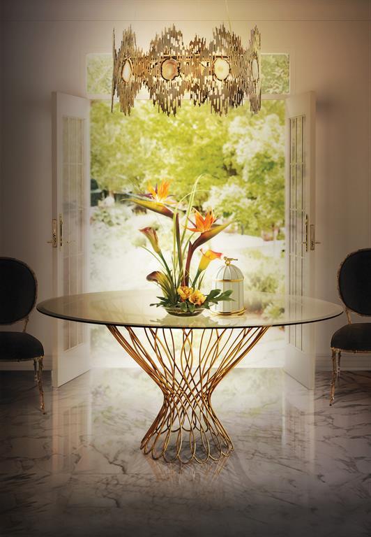 Image Table à pied central en métal doré pour salle à manger en marbre
