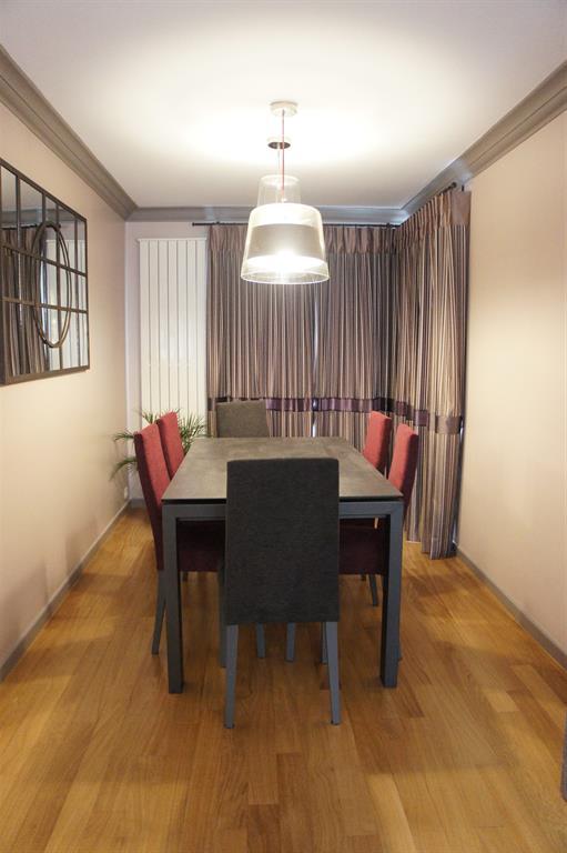 salon salle manger chic et authentique. Black Bedroom Furniture Sets. Home Design Ideas