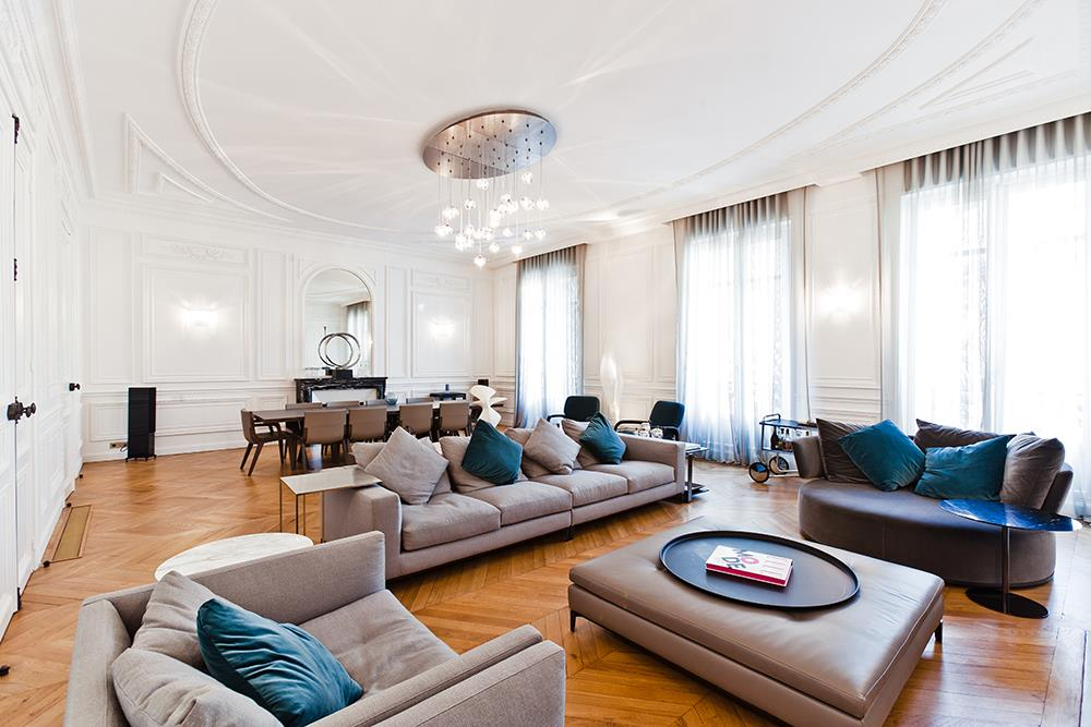 Visite priv e d 39 un appartement haussmannien de 250 m2 - Grand meuble de rangement salon ...