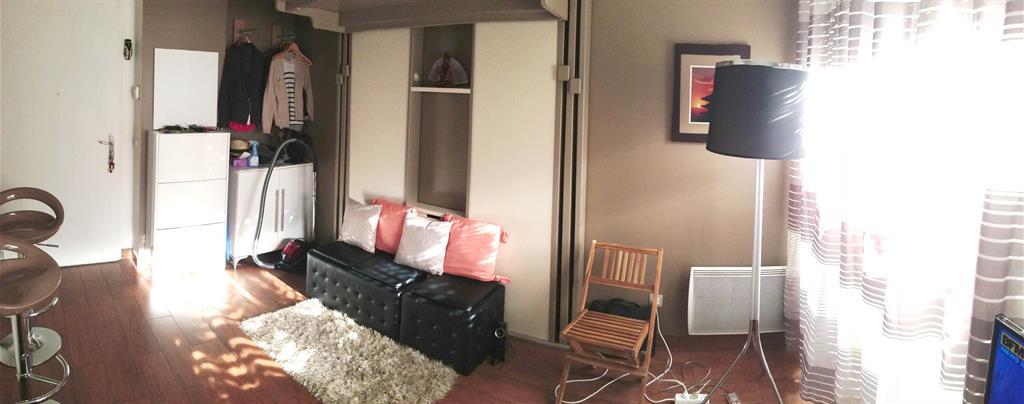 installation d 39 un lit escamotable espace loggia photo n 83. Black Bedroom Furniture Sets. Home Design Ideas