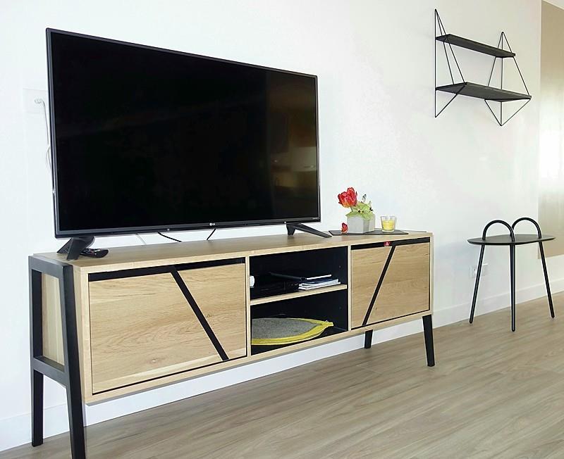 Mobilier et accessoires décoratifs salon