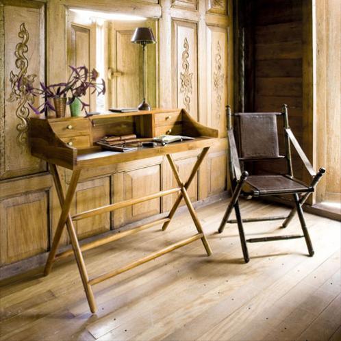 maison du monde calanque beautiful de maison design meuble cuisine maison du monde besancon. Black Bedroom Furniture Sets. Home Design Ideas
